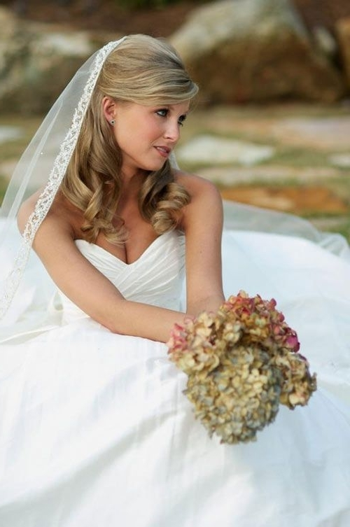 Featured Photo of Wedding Hairstyles For Medium Length Hair With Veil