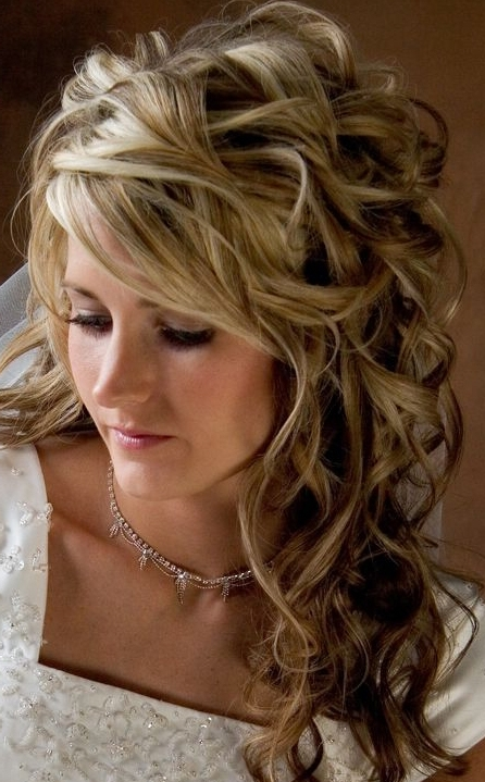 Wedding Hairstyles For Medium Length Curly Hair – Hairstyles For With Wedding Hairstyles For Shoulder Length Curly Hair (View 5 of 15)