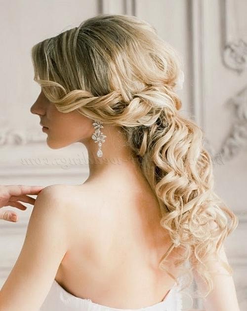 Wedding Hairstyles For Medium Length Hair Half Up Half Down Regarding Down Medium Hair Wedding Hairstyles (View 15 of 15)