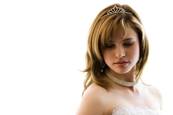Wedding Hairstyles For Medium Length Hair Layers | Medium Hair Inside Wedding Hairstyles For Medium Length Layered Hair (View 2 of 15)