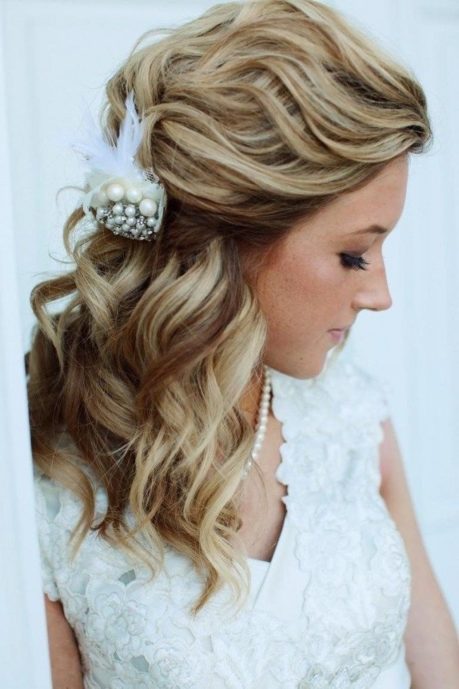 Wedding Hairstyles For Medium Length Hair Side Ponytail | Hairstyles Within Wedding Hairstyles For Medium Length Hair With Side Ponytail (View 2 of 15)
