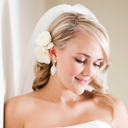 Wedding Hairstyles For Medium Length Hair With Veil And Flowers Throughout Wedding Hairstyles For Shoulder Length Hair With Veil (View 11 of 15)