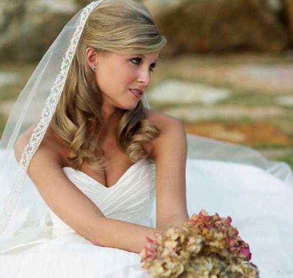 Wedding Hairstyles For Medium Length Hair With Veil | Wedding Ideas Regarding Wedding Hairstyles For Shoulder Length Hair With Veil (View 2 of 15)