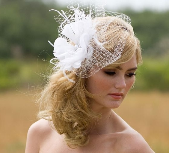 Wedding Hairstyles For Short Hair With Veil And Tiara | Awesome Corner Inside Wedding Hairstyles For Short Hair With Veil And Tiara (View 8 of 15)
