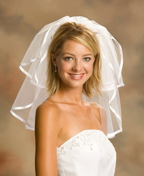 Wedding Hairstyles For Short Hair With Veil – Short Hairstyles 2018 Within Wedding Hairstyles For Short Hair With Veil (View 13 of 15)