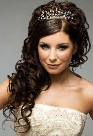 Wedding Hairstyles For Shoulder Length Curly Hair | Wedding Curly Throughout Bridal Hairstyles For Medium Length Curly Hair (View 14 of 15)