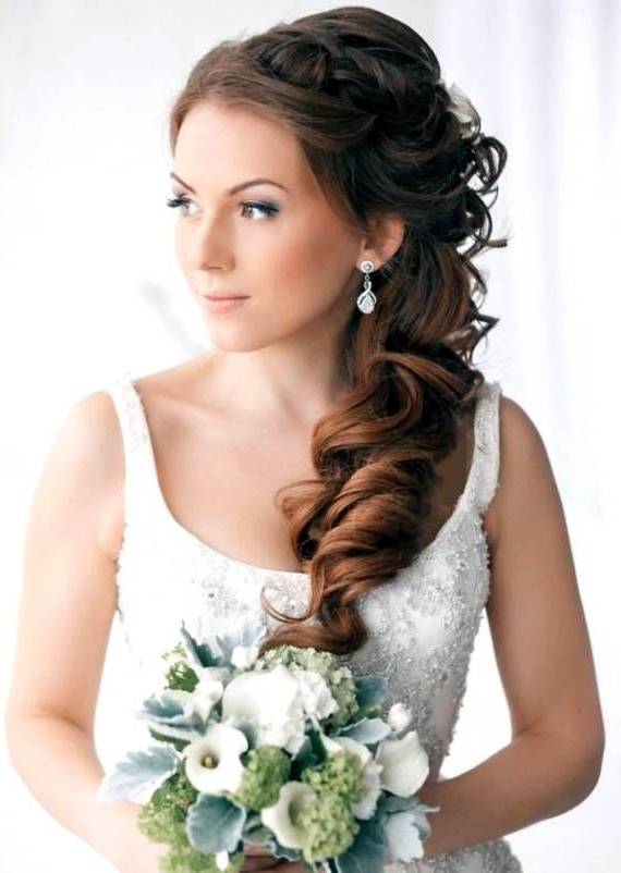 Featured Photo of Wedding Hairstyles For Long Hair And Strapless Dress