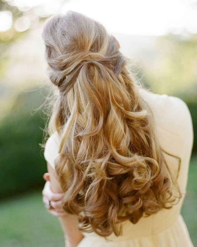 Wedding Hairstyles For Very Long Hair For Wedding Hairstyles For Very Long Hair (View 7 of 15)
