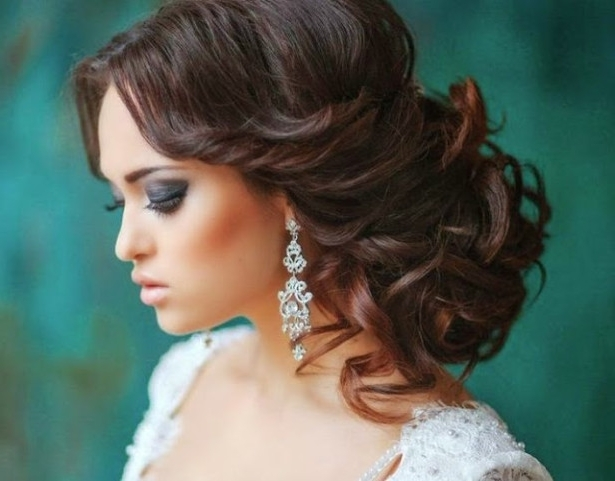 Wedding Hairstyles Ideas: Side Ponytail Curly Bun Wedding Hairstyles Within Curly Side Bun Wedding Hairstyles (View 4 of 15)