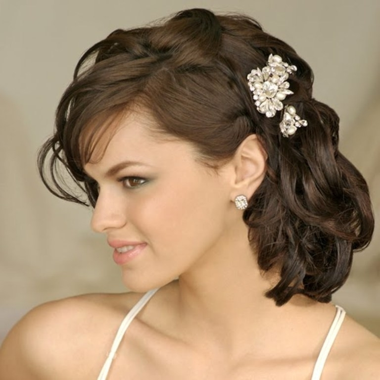 Wedding Hairstyles Ideas: Side Ponytail Curly Half Up Medium Length Throughout Wedding Hairstyles For Medium Length Curly Hair (View 14 of 15)