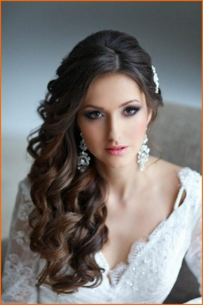 Wedding Hairstyles Long Hair Round Face For Home | Female Hairstyle For Wedding Hairstyles For Round Face (View 7 of 15)