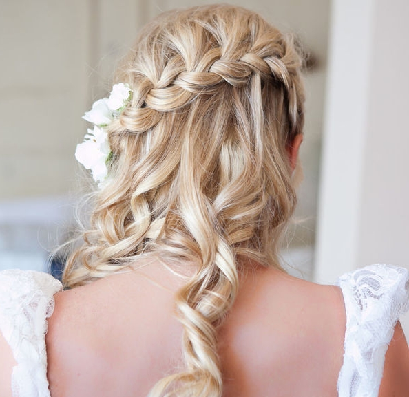 Wedding Hairstyles Off To The Side | Best Wedding Hairs Throughout Off To The Side Wedding Hairstyles (View 5 of 15)
