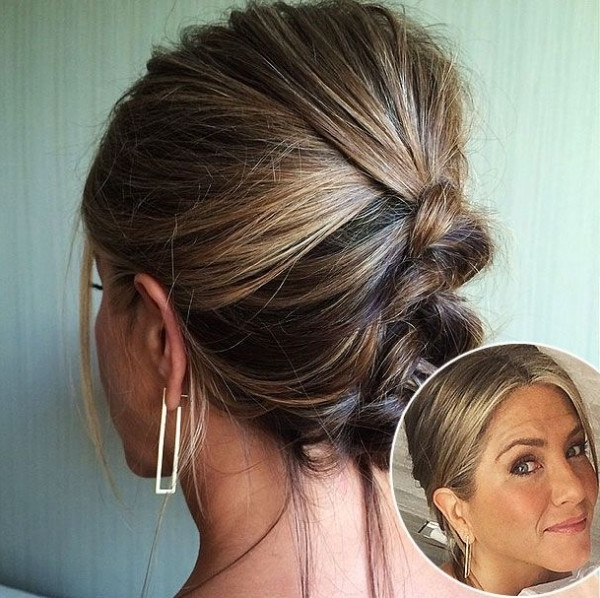 Wedding Hairstyles Perfect For Every Face Shape Within Wedding Hairstyles For Oval Face (View 2 of 15)