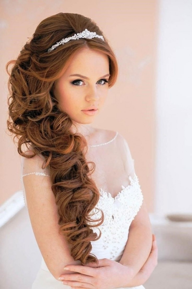 Wedding Hairstyles Side Curls Elegant Best 25 Wedding Tiara | Best Pertaining To Wedding Hairstyles To The Side With Curls (View 9 of 15)