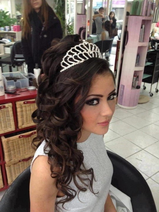 Wedding Party Hairstyles For Long Hair | Full Wedding Magazine With Hairstyles For Long Hair For A Wedding Party (View 10 of 15)