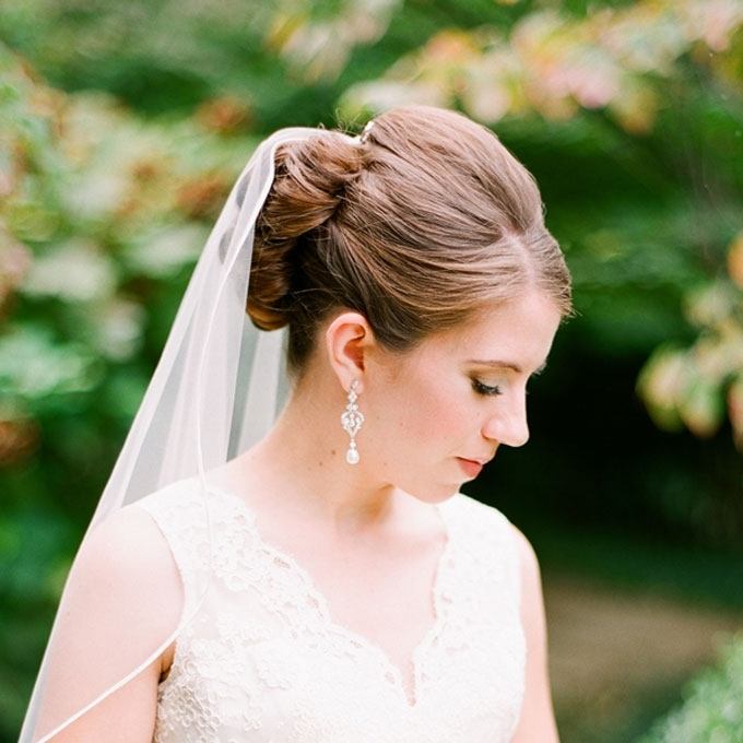 Wedding Updos With Veil Wonderful Vintage Updo Wedding Hairstyles Throughout Wedding Hairstyles For Long Hair Up With Veil (View 9 of 15)