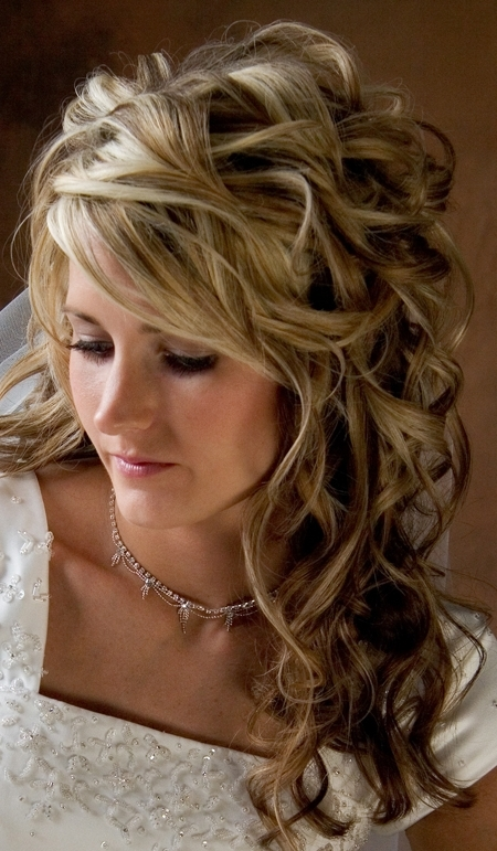 Why Wedding Hairstyles For Long Curly Hair Are In Vogue – My Bride Hair For Wedding Hairstyles Without Curls (View 6 of 15)
