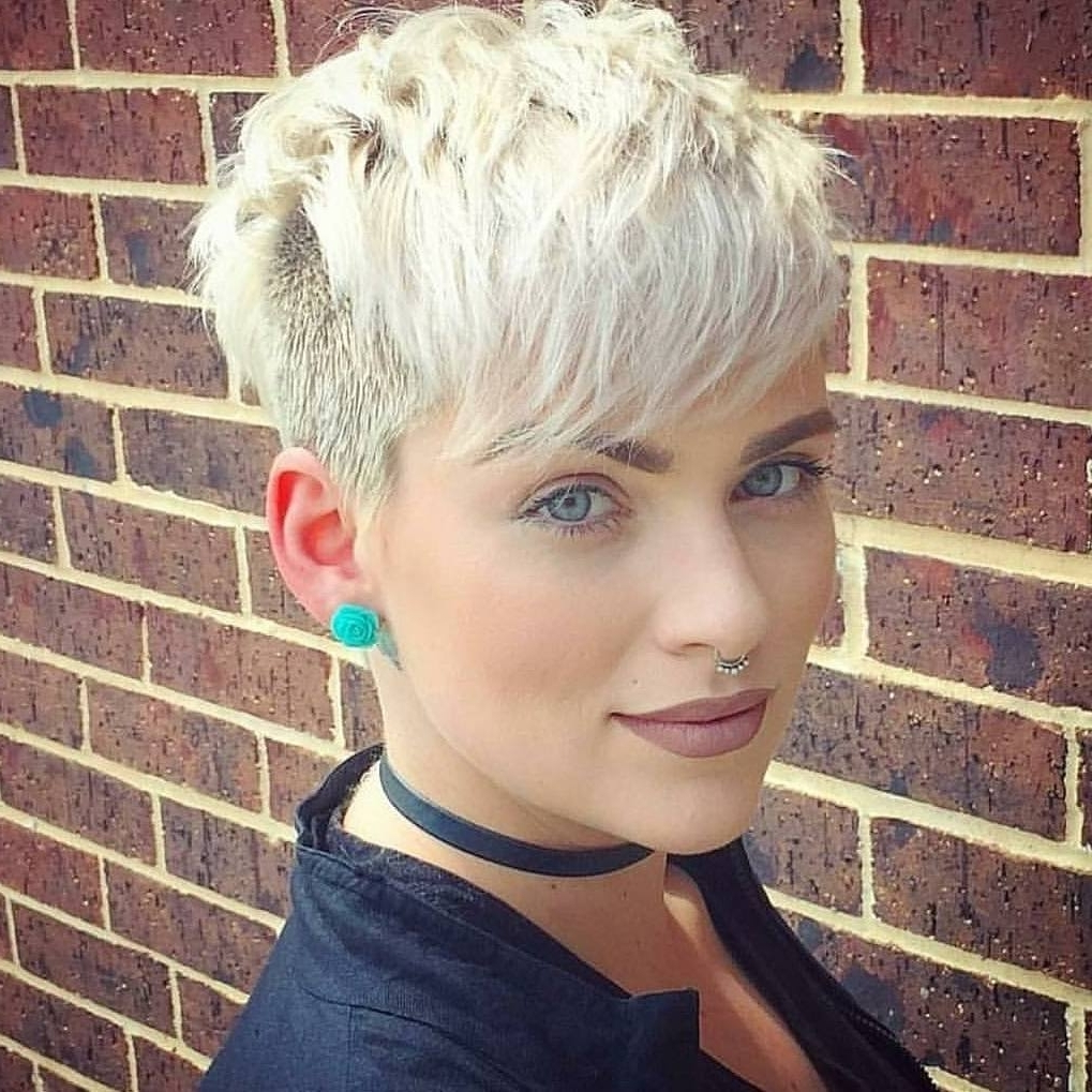 10 Daring Pixie Haircuts For Women, Short Hairstyle And Color 2018 Within Most Current Bleach Blonde Pixie Haircuts (View 14 of 15)