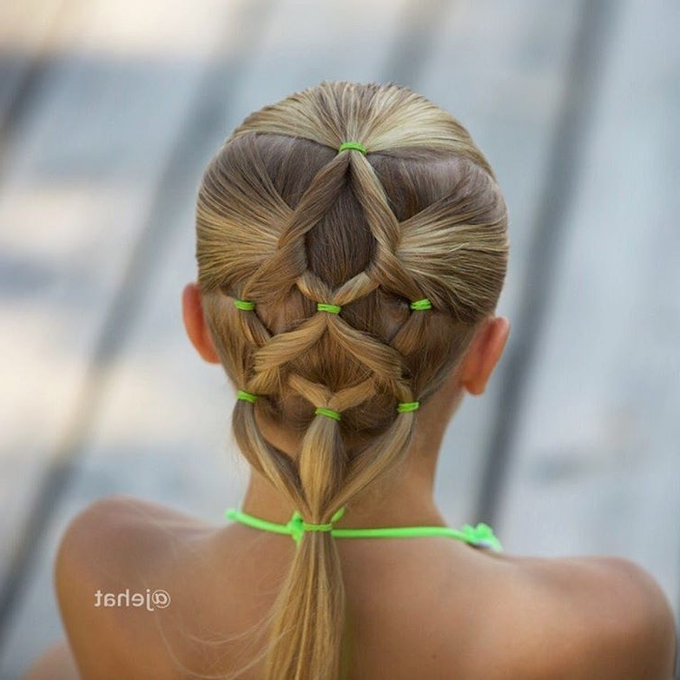 20 Perfect Swimming Hairstyles – Girl Loves Glam For Best And Newest Braided Hairstyles For Swimming (View 8 of 15)