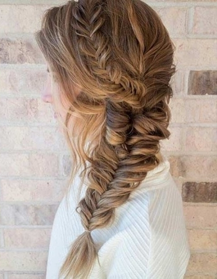 21 Pretty Side Swept Hairstyles For Prom   Fishtail Braid Hairstyles With Regard To Most Recently Braided Hairstyles For Homecoming (View 11 of 15)