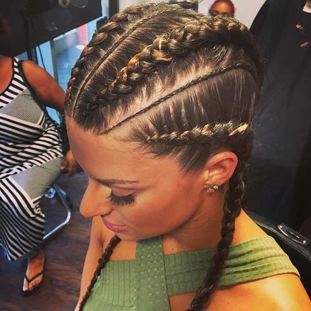 21 Trendy Braided Hairstyles To Try This Summer | Stayglam With Most Recently Cornrows Hairstyles For White Girl (View 5 of 15)