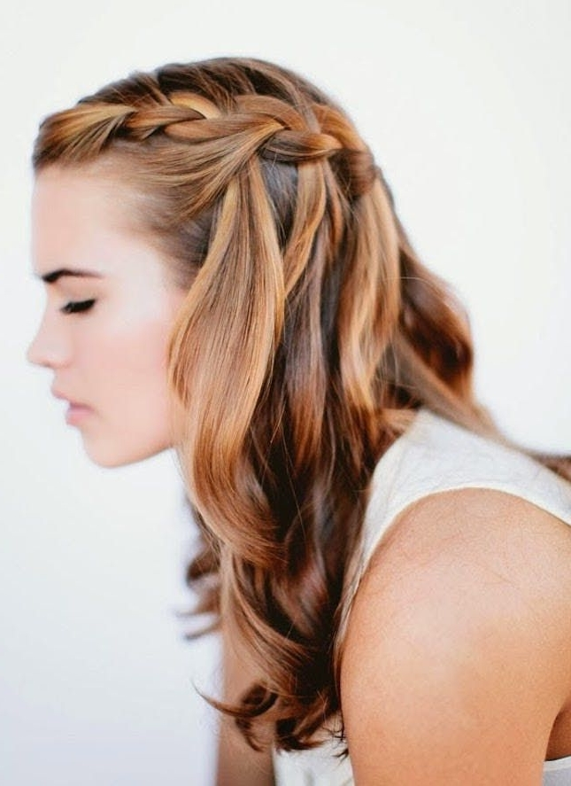 25 5 Minute Hairdos That Will Transform Your Morning Routine With Regard To Recent Braided Graduation Hairstyles (View 15 of 15)