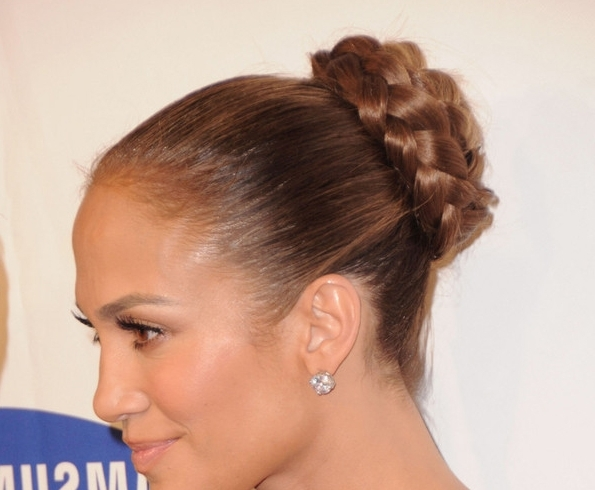 25 Jennifer Lopez Hairstyles For Most Up To Date Jennifer Lopez Braided Hairstyles (View 15 of 15)