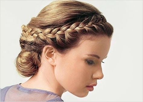 Featured Photo of Braided Greek Hairstyles