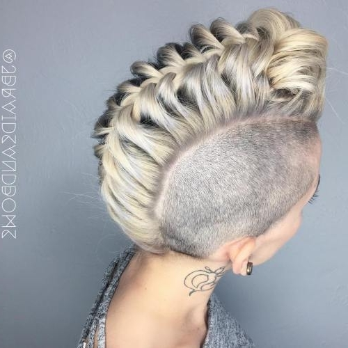 30 Upside Down Braids For More Interesting Updos – Page 4 Of 6 Inside Current Mohawk French Braid Hairstyles (View 5 of 15)