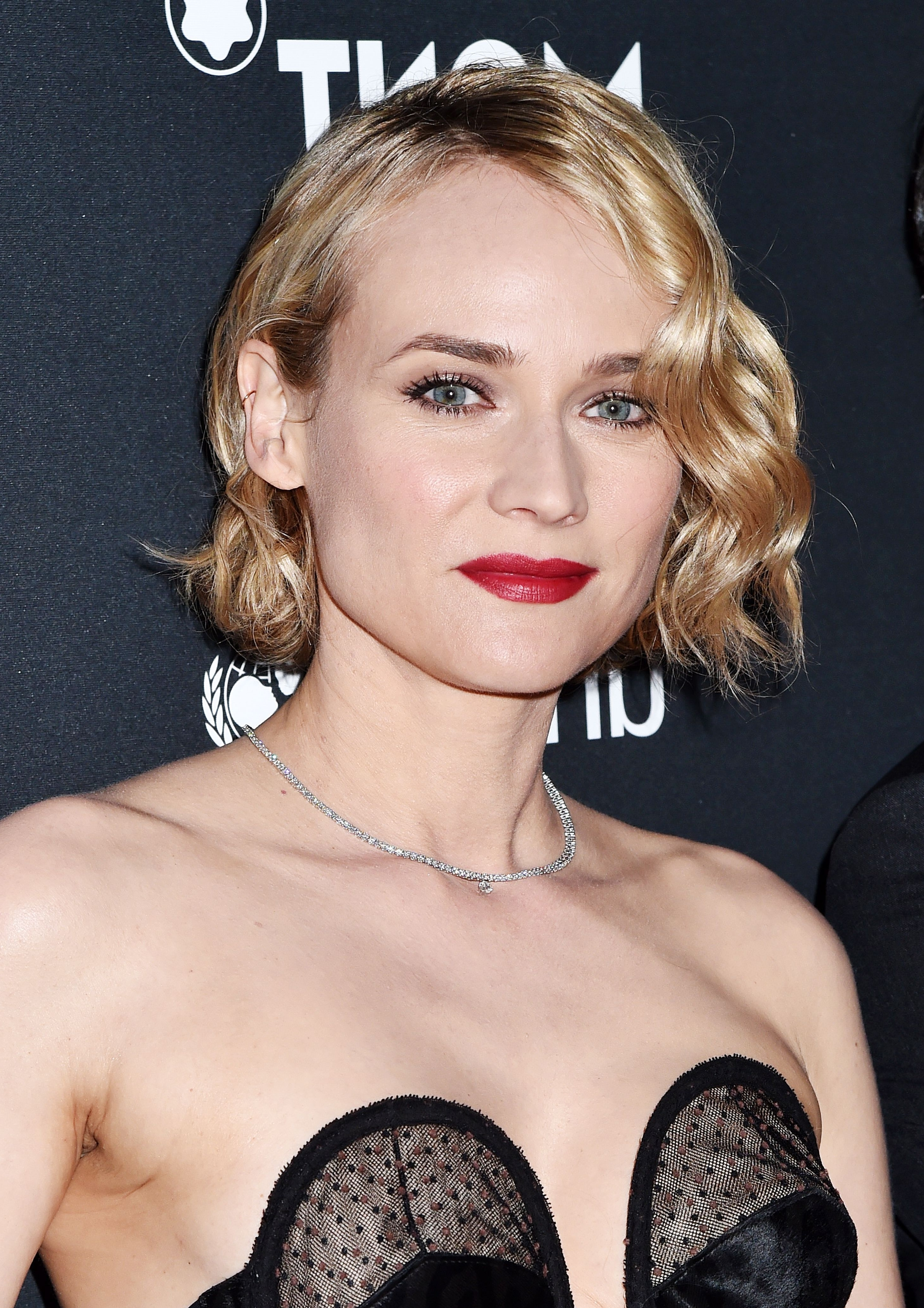 32 Best Short Hair Styles – Bobs, Pixie Cuts, And More Celebrity For Most Up To Date Bleach Blonde Pixie Haircuts (View 13 of 15)