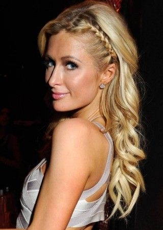 Featured Photo of Flowy Side Braid Hairstyles