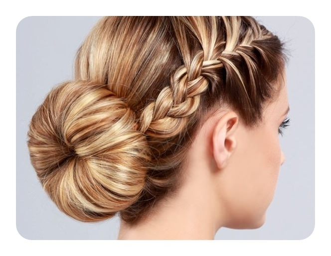 86 Best Graduation Hairstyles For Your Most Awaited Day With Current Braided Graduation Hairstyles (View 10 of 15)