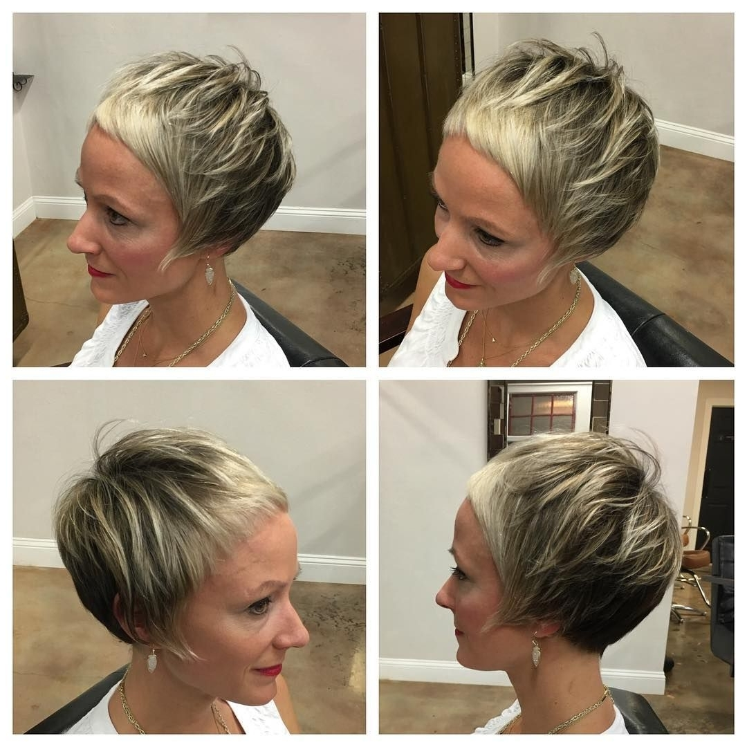 Featured Photo of Platinum Blonde Disheveled Pixie Haircuts