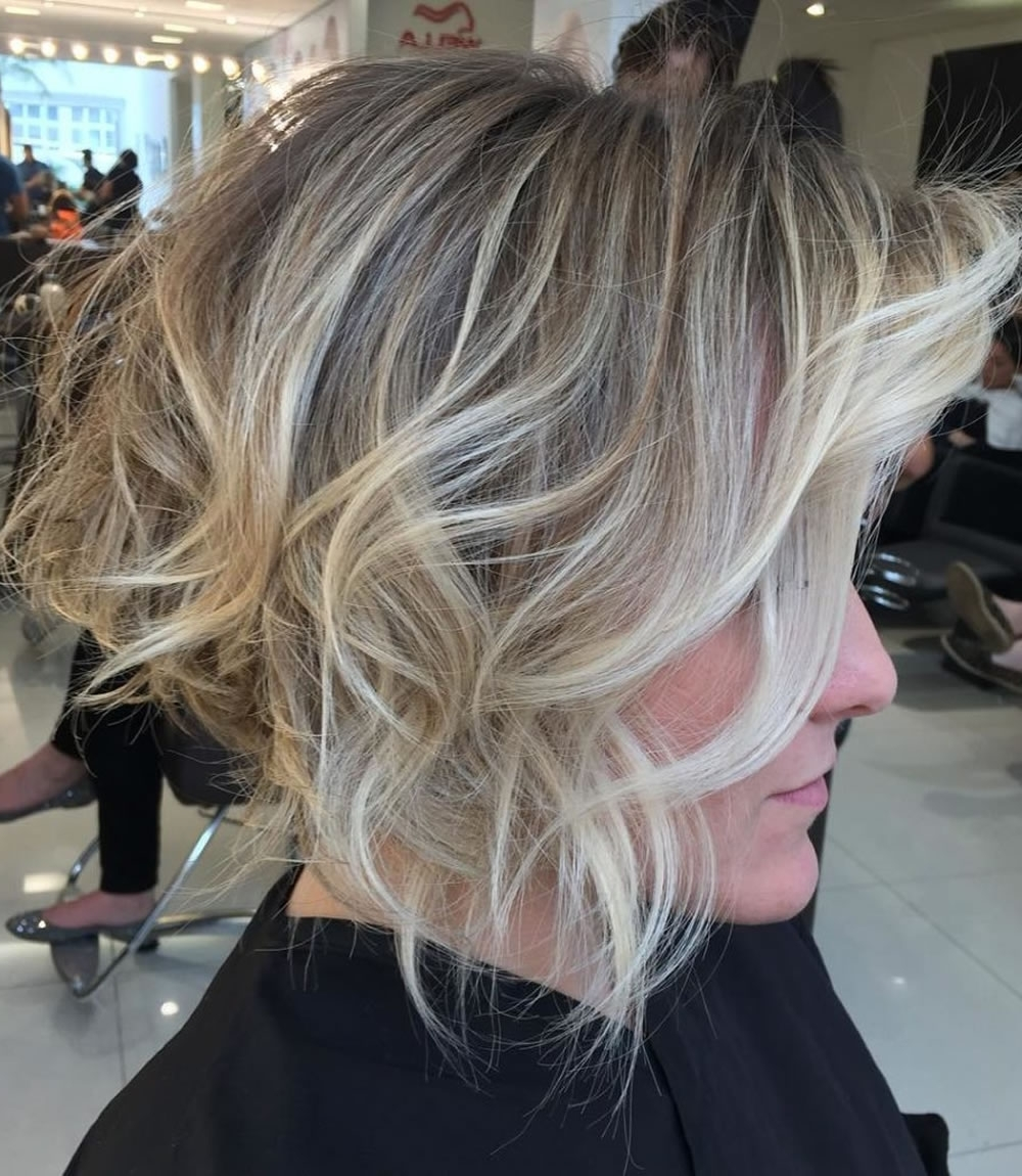 Asymmetrical Short Haircuts With Balayage Highlights 2018 – 2019 Throughout Most Recently Feathered Pixie Haircuts With Balayage Highlights (Gallery 11 of 15)