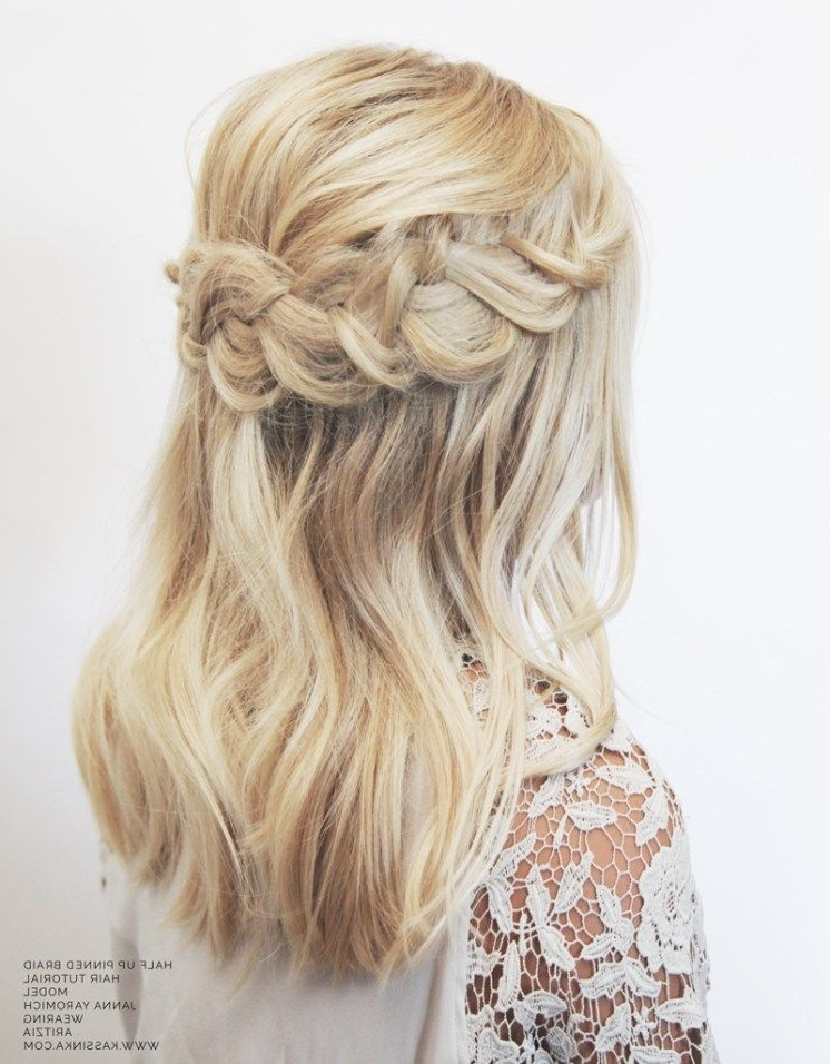 Beautiful Accent Braid With Loose Weaves On Medium Length Blonde With Most Up To Date Blonde Braided Hairstyles (View 11 of 15)