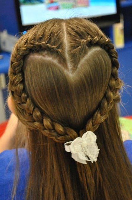 Corazón | Bonitas | Pinterest | Amazing Hairstyles, Heart Crafts And Pertaining To Most Popular Heart Braided Hairstyles (View 14 of 15)