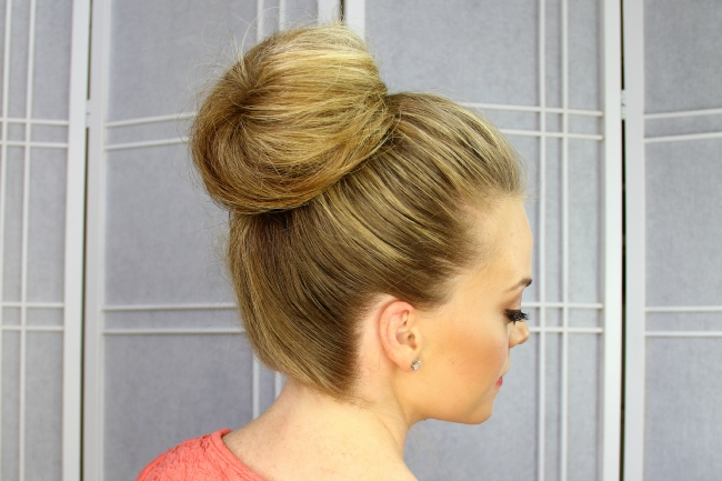 Cotton Candy Bun Regarding Best And Newest Cotton Candy Updo Hairstyles (View 14 of 15)