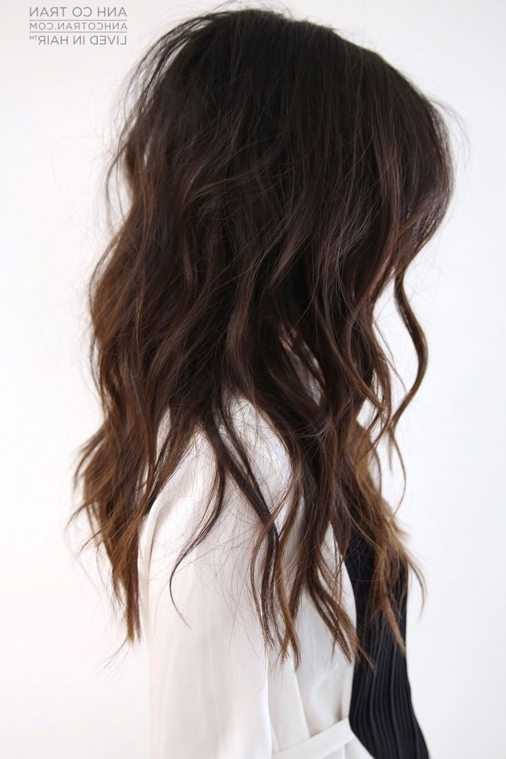Get Loose, Beachy Waves With Piecey Layers | Anh Co Tran | Hair And for Recent Piece-Y Haircuts With Subtle Balayage