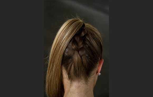 Featured Photo of Braided Running Hairstyles