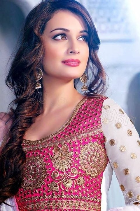 Hairstyles For Saree 20 Cute Hairstyles To Wear With Saree Intended For Most Recently Braided Hairstyles On Saree (View 11 of 15)
