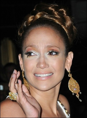Jennifer Lopez's High Updo With Braid Hairstyle In 2018 Jennifer Lopez Braided Hairstyles (View 12 of 15)