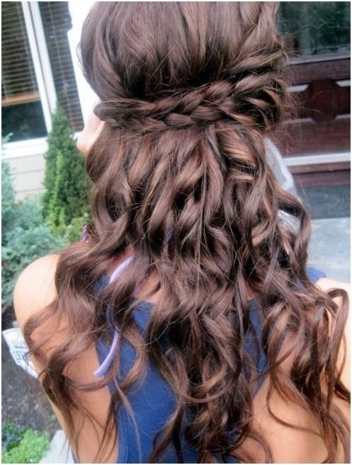 Loose Curls With Braid: Long Curly Hairstyles – Popular Haircuts Inside 2018 Braided Hairstyles With Curls (View 7 of 15)