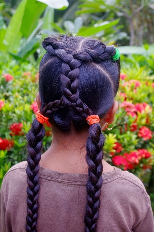 Micronesian Girl~ Criss Cross Braids – Hairstyle Center Inside Current Mohawk With Criss Crossed Braids (View 9 of 15)