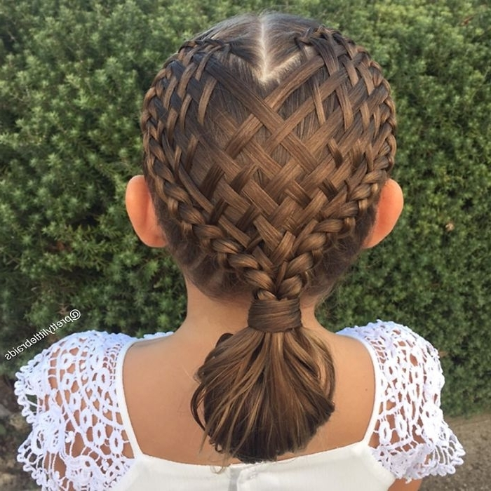 Mom Braids Unbelievably Intricate Hairstyles Every Morning Before With Regard To Most Popular Braided Hairstyles For School (View 7 of 15)