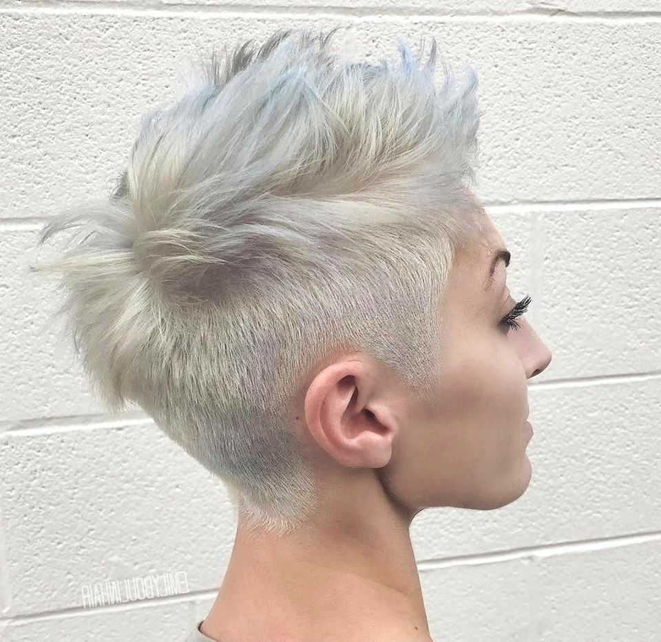 Opinions Of This Cut And Color? | Korte Kapsels | Pinterest | Short throughout Recent Rocker Pixie Haircuts