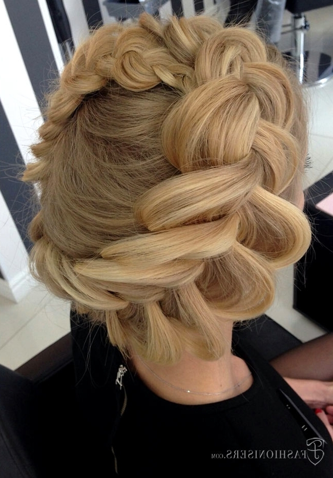 Pretty Braided Hairstyles For Prom | Fashionisers In Recent Thick Halo Braid Hairstyles (View 14 of 15)