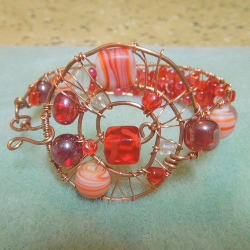 Featured Photo of Ponytail Wrapped In Copper Wire And Beads