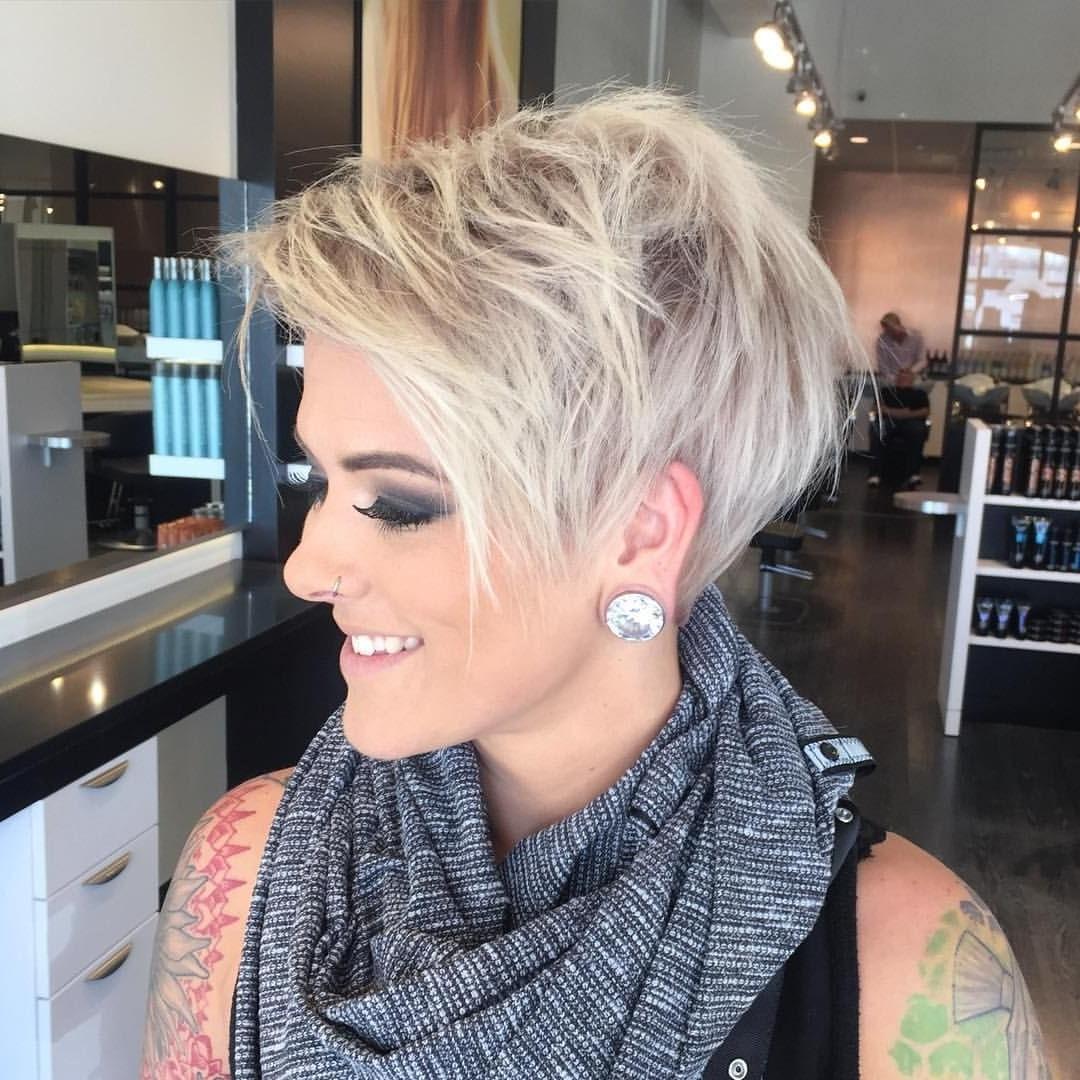 Regardez Cette Photo Instagram De @jessattriossalon • 725 Mentions J Pertaining To Most Current Platinum Pixie Haircuts (View 12 of 15)