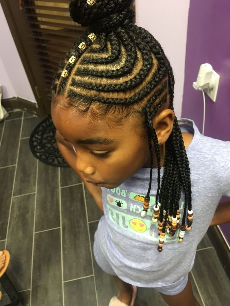 She Used Flat Twists To Create Fabulous Summer Curls On Short Inside Recent Classic Fulani Braids With Massive Ivory Beads (View 15 of 15)