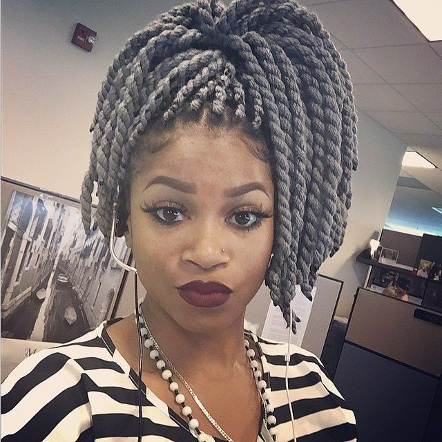 Featured Photo of Braided Yarn Hairstyles